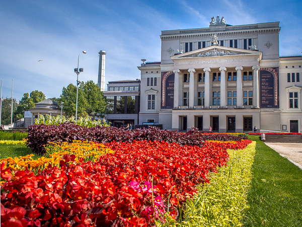 Riga Opera House riga guide